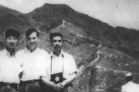 Зав. кафедрой КВиХТ К.П. Селезнев во время работы в Китае