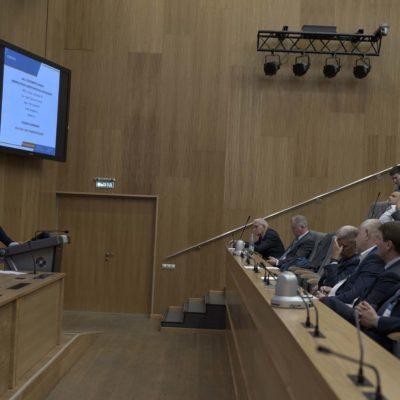 Симпозиум 2019: вопрос докладчику задает директор центра газотранспортных технологий Газпром ВНИИГАЗ С.Ю. Сальников